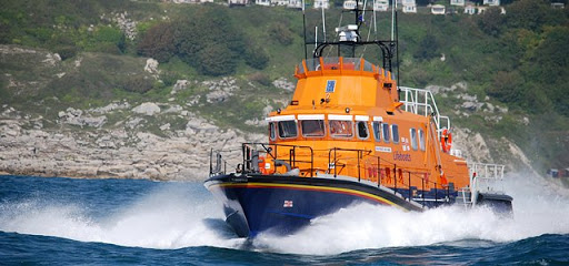 Relieved sailor rescued by Weymouth Lifeboats